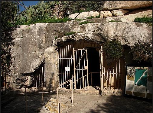 Ghar Dalam Cave Malta
