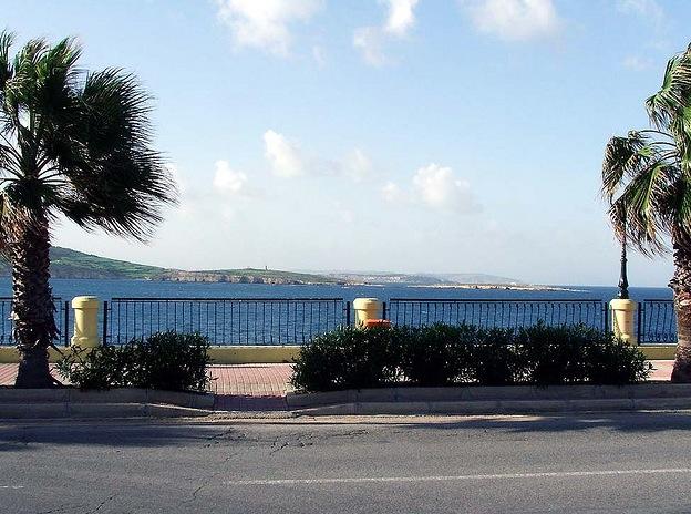 Seafront Promenade in Qawra