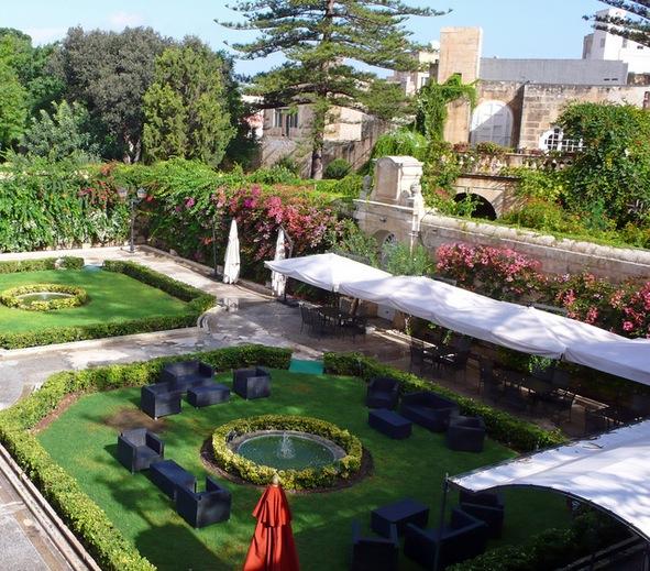 Villas in Naxxar Malta